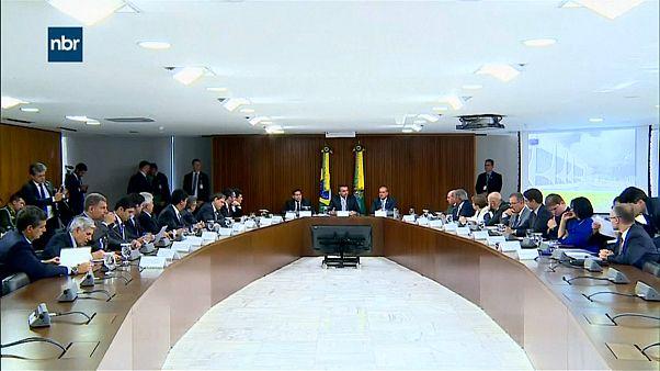 """Brasilien: Neue Regierung will Verwaltung """"säubern"""""""