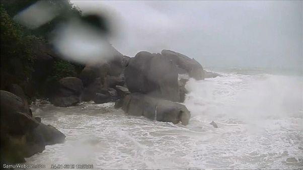 تايلاند تترقب وصول أقوى عاصفة مدارية منذ ثلاثة عقود