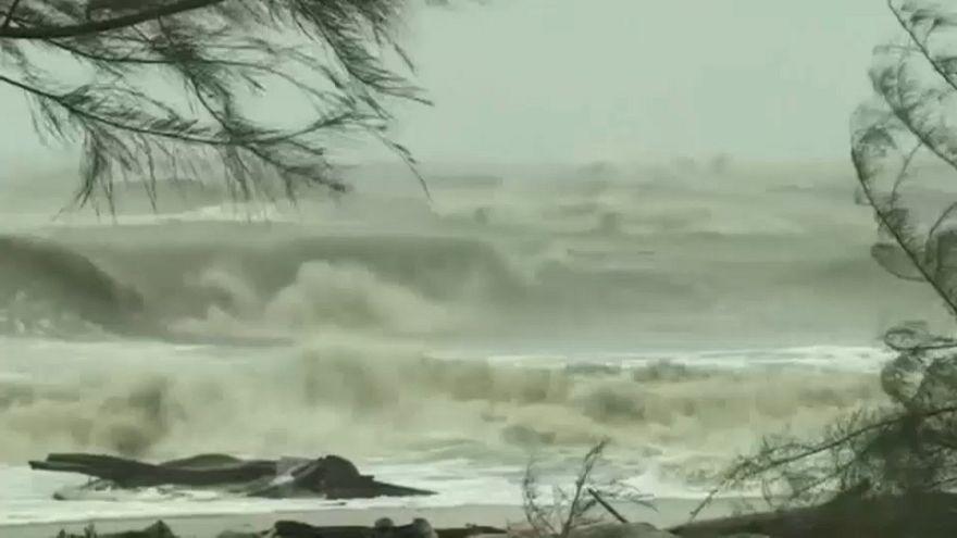 Tailândia prepara-se para os efeitos da tempestade tropical Pabuk