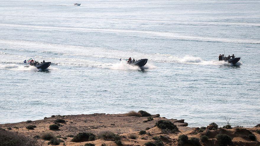 إيران تقول إنها سترسل سفنا حربية للأطلسي بالقرب من المياه الأمريكية