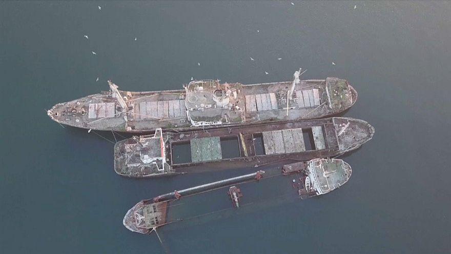 Video | Yunanistan suları batık gemilerden arındırılıyor