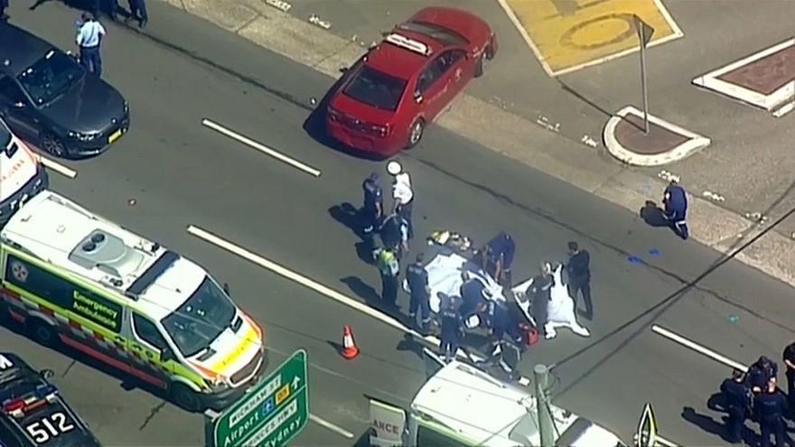 استرالي يصدم عدة سيارات ويطعن أحد المارة في سيدني ثم ينتحر