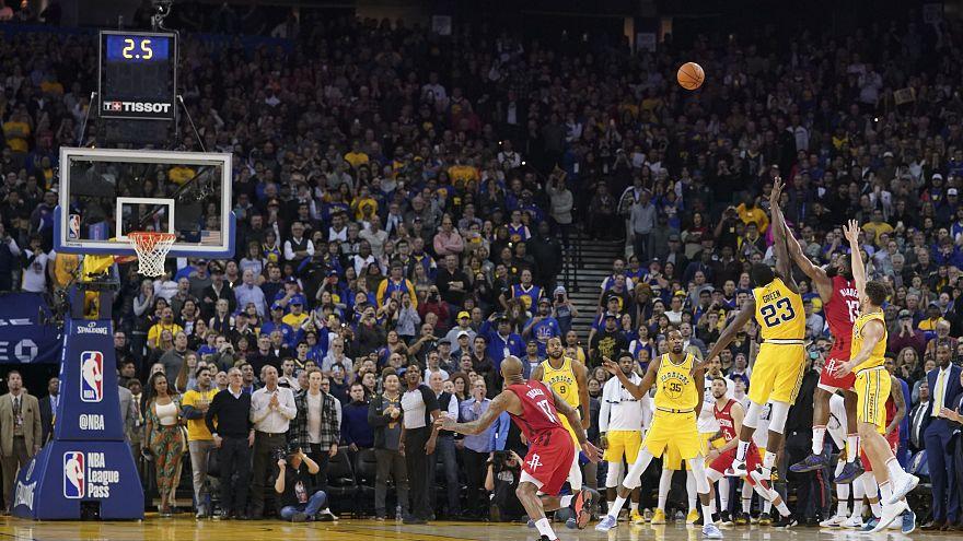 Exhibición de Harden en el triunfo de los Rockets ante los Warriors en la NBA