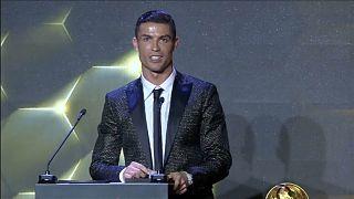 """Cristiano Ronaldo gewinnt """"Globe Soccer Award"""""""