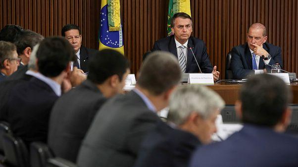 Bolsonaro kamuda solcuları hedef alan 'cadı avını' başlattı