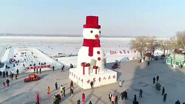 Jégszobrok versenye a kínai Harbinban