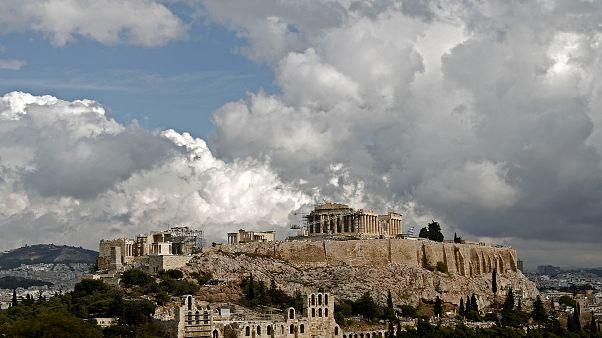 Νεκρός άντρας στην Ακρόπολη - Έπεσε από τα βράχια στο κενό