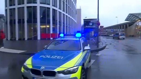 Lövöldözés Köln belvárosában