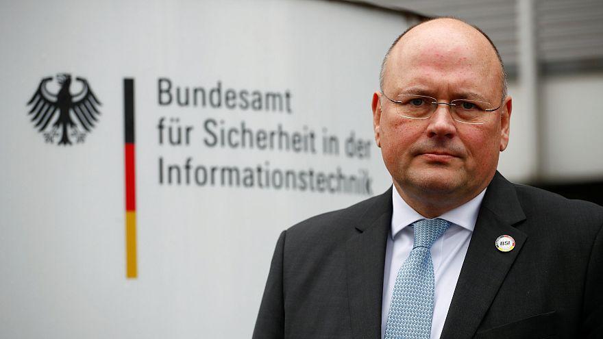 Almanya'da siber saldırı itirafı: Aralık ayından beri biliyoruz