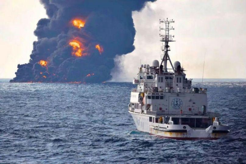 جدال آب و آتش؛ یکسال از غرق شدن نفتکش سانچی گذشت | Euronews