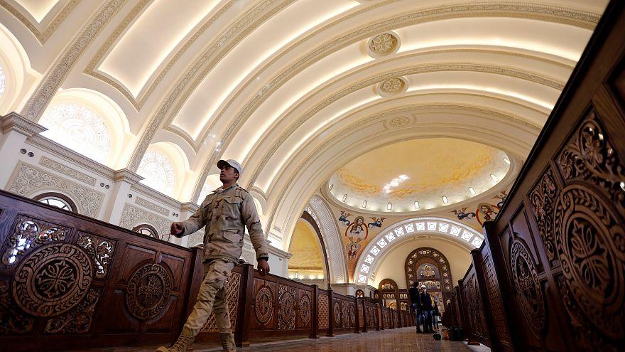 A kép illusztráció: az új kopt katedrális Kairóban