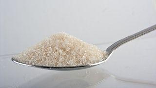 مراجعة بحثية: لا فوائد صحية كثيرة لبدائل السكر لكنها غير مضرة