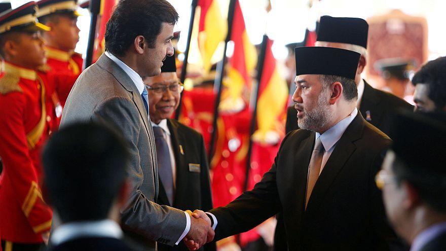 Malezya Kralı Sultan V. Muhammed süresini doldurmadan tahttan çekildi