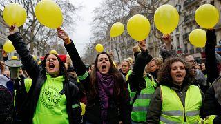 """Женщины в """"жёлтых жилетах"""""""