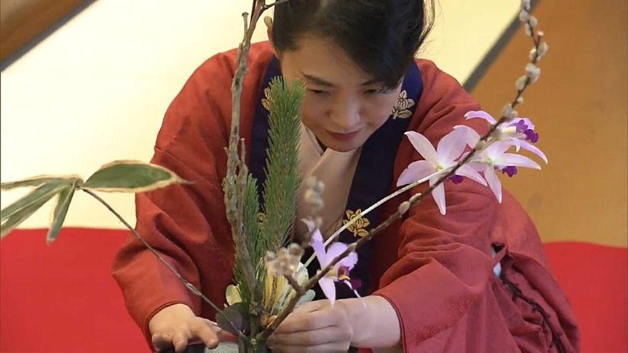 Новогодняя цветочная церемония в храме икебаны