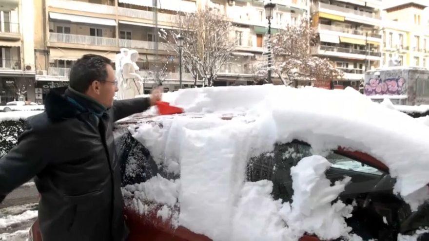El fuerte temporal de nieve deja al menos tres muertos en Grecia