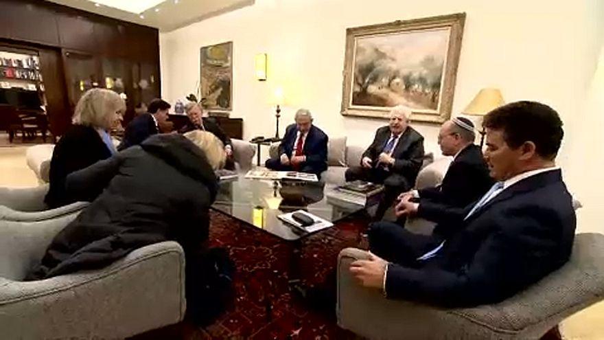 Bolton új feltételhez kötötte a csapatkivonást Szíriából