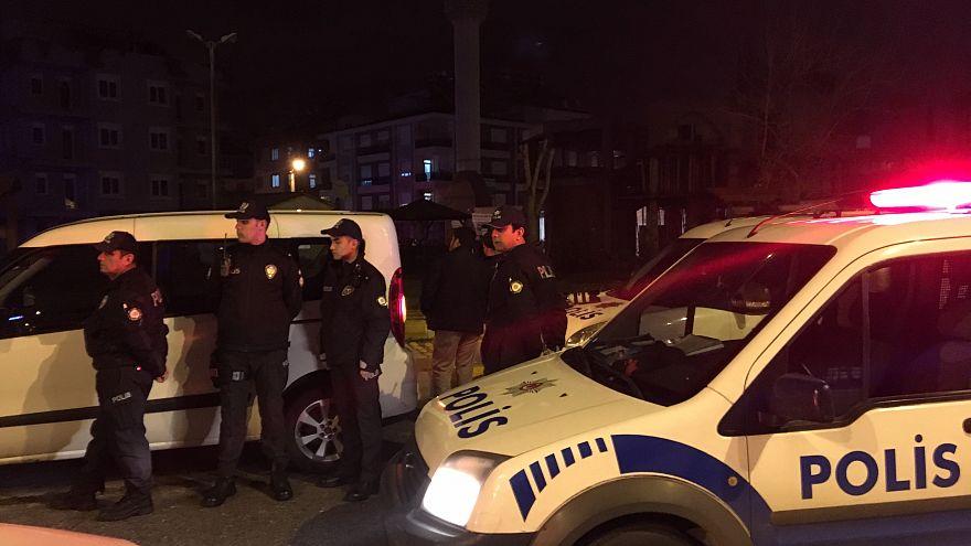 Ankara'da 100 muvazzaf askere yakalama kararı