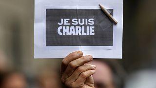 Canlı | Charlie Hebdo saldırısında hayatını kaybedenler anılıyor