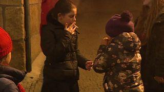 Video | Çocukların sigara içtiği Epifani geleneği
