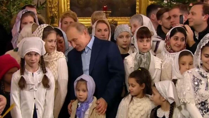 پوتین در مراسم کریسمس کلیسای ارتدوکس شرکت کرد