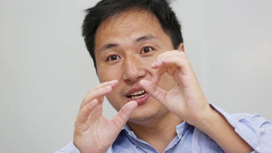انتقادات لعالم صيني اعترف بتدخله في ولادة طفلين بتعديل جيني