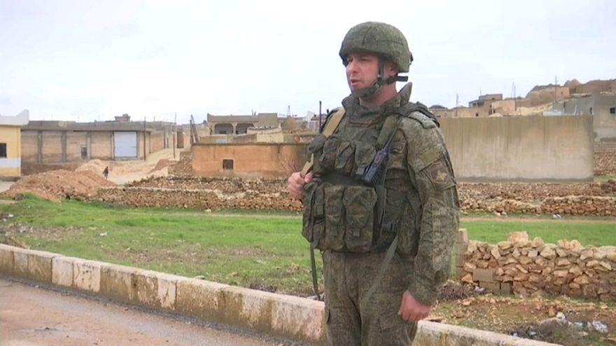 Военная полиция РФ в Манбидже на границе с Турцией