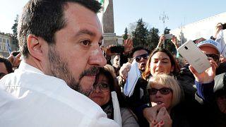 La extrema derecha de Italia y Polonia se reúnen