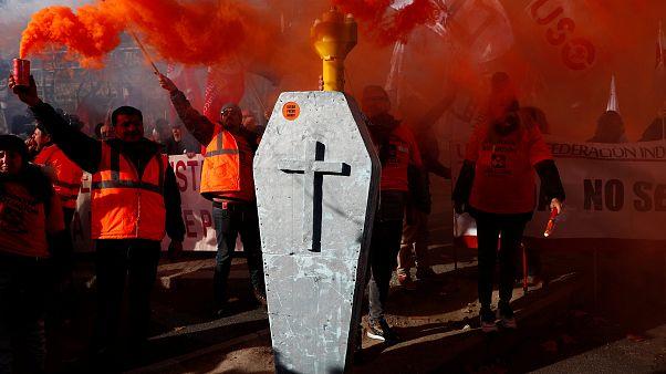 Jornada clave para las plantas de Alcoa en Avilés y A Coruña
