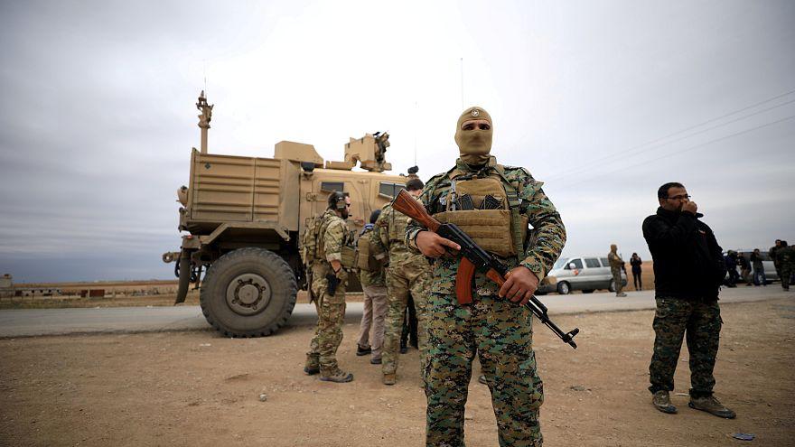 اعتقال أمريكي في سوريا أرسل سيرته الذاتية إلى داعش