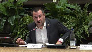 Salvini und Di Maio: Im Herzen Gelbe Westen