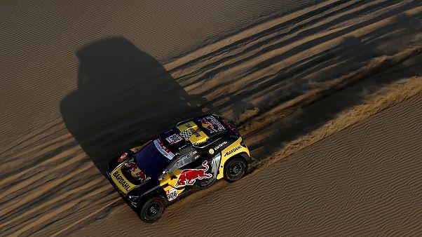 Dakar : Sébastien Loeb accélère et s'impose