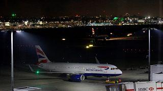 Аэропорт Хитроу возобновил отправку рейсов после сообщений о дроне