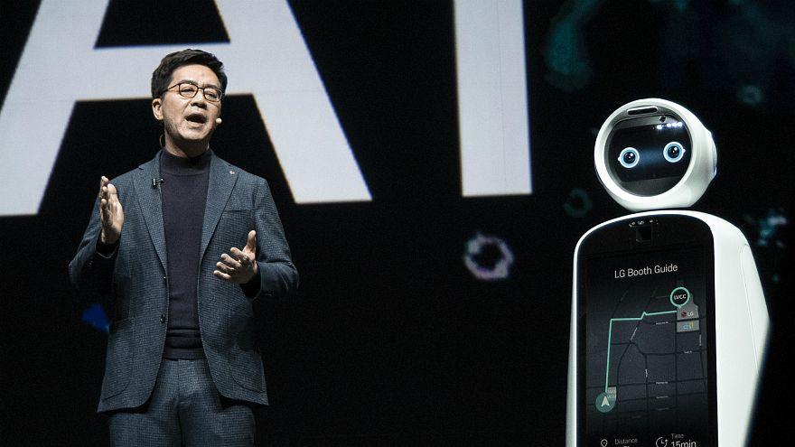 CES 2019: İnsanlarla tartışan bilgisayarlar halkla buluştu
