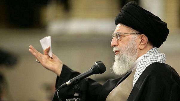 خامنهای: برخی سران آمریکایی احمقهای درجه یکی هستند
