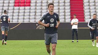 الفرنسي بافارد يلتحق بصفوف بايرن ميونيخ في الموسم المقبل