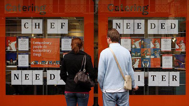 Tízéves mélyponton az euróövezeti munkanélküliségi ráta