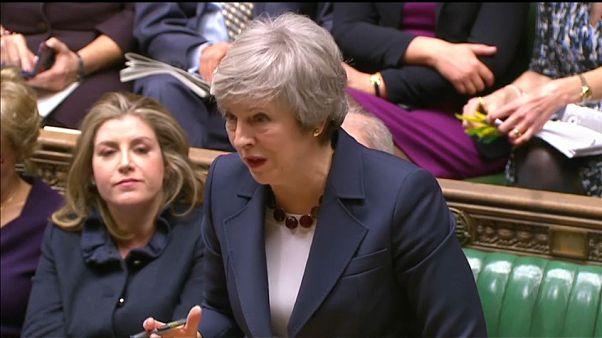 """Brexit: May alle strette in parlamento: """"Nessun rinvio del voto"""""""