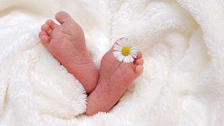 Hirntote Frau gebärt Baby: Nur 1,7 Kilo, aber gesund