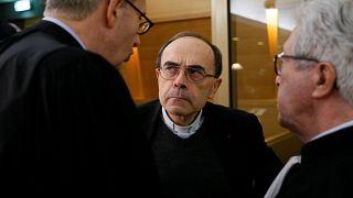 Barbarin: az ügyész nem kér büntetést a bíborosra
