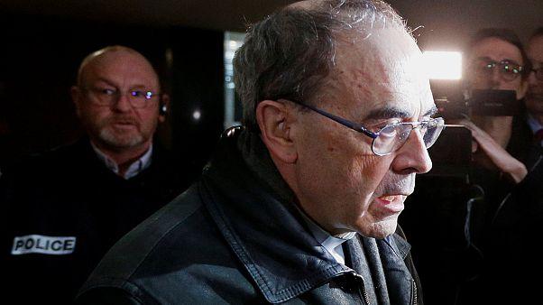 Γαλλία - Δίκη παιδεραστίας: Απαλλαγή για τον καρδινάλιο Μπαρμπαρέν ζητεί η εισαγγελέας
