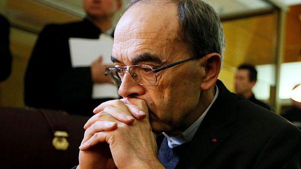 Taciz skandalından yargılanan Kardinal Barbarin için ceza talep edilmedi