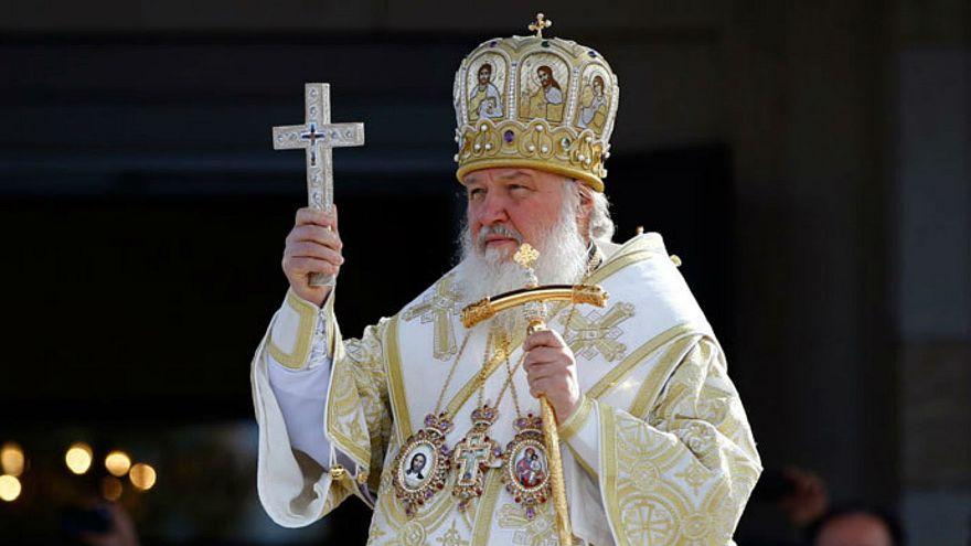 Patrik Kiril akıllı telefonlar 'Deccal'in alameti'dir dedi, sosyal medyada alay konusu oldu