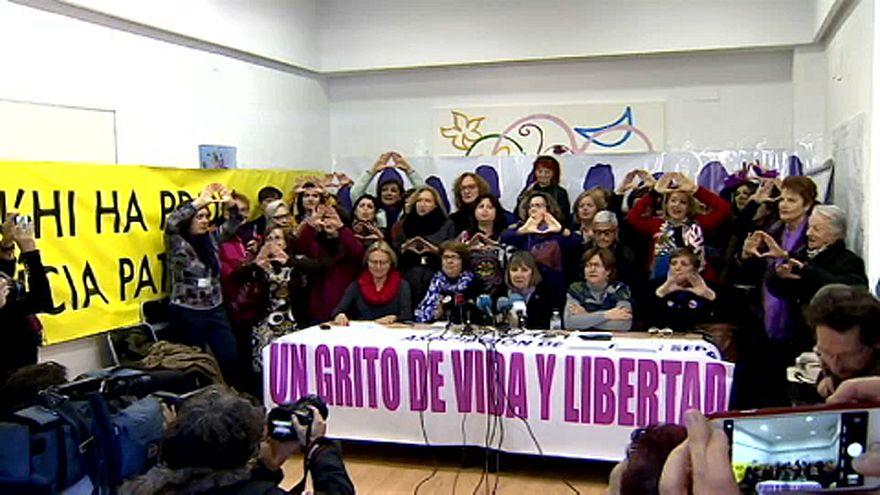 Feministas españolas contra partidos que rechazan ley de violencia machista
