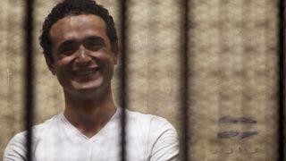 مصادر: محكمة مصرية تحكم على الناشط أحمد دومة بالسجن 15 عاما