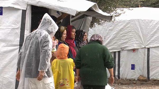 Wintereinbruch: Wassermangel im Flüchtlingscamp