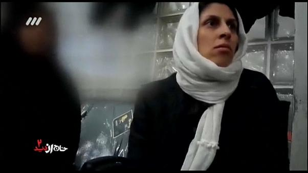 Új felvételek a brit-iráni nő őrizetbe vételéről