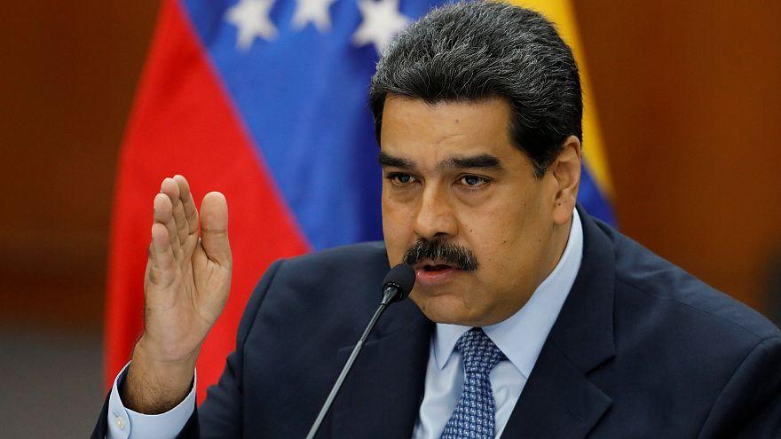 'Darbe planı işliyor' diyen Maduro, nota verdiği 16 ülkeye 48 saat süre tanıdı