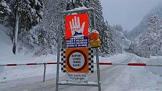 Σφοδρός χιονιάς στις βαυαρικές Άλπεις