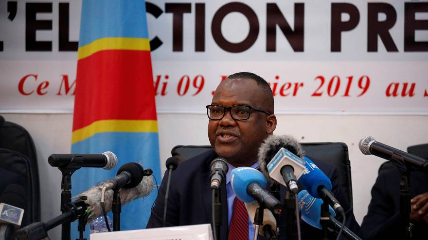 شاهد: فوز المعارض تشيسكيدي برئاسة الكونغو والكنيسة تشكك